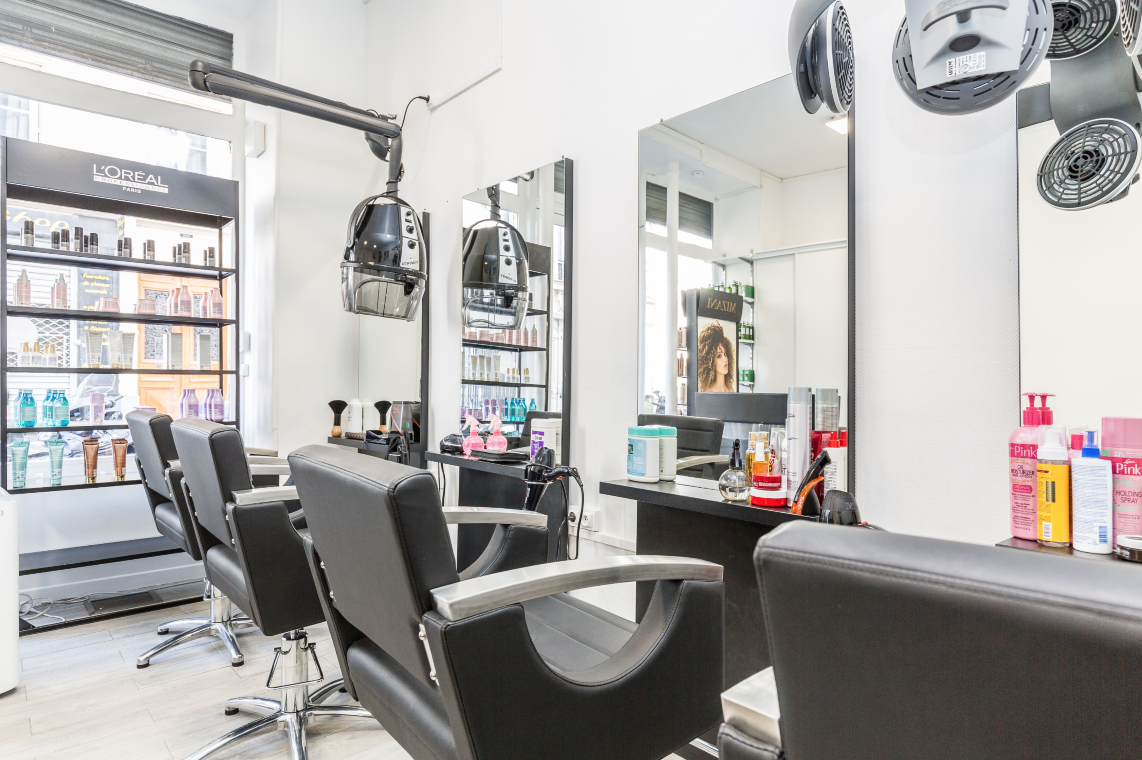 Coiffeur visagiste multiéthnique Paris 17