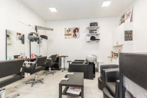 coiffeur visagiste afro-européen Paris 17 salon de coiffure multiéthnique